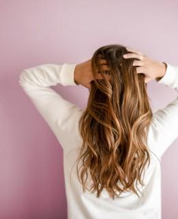 Pensando em mudar o cabelo? Antes, leia nosso artigo sobre quais são as tendências em cabelo para 2019 e acerte em cheio na mudança!